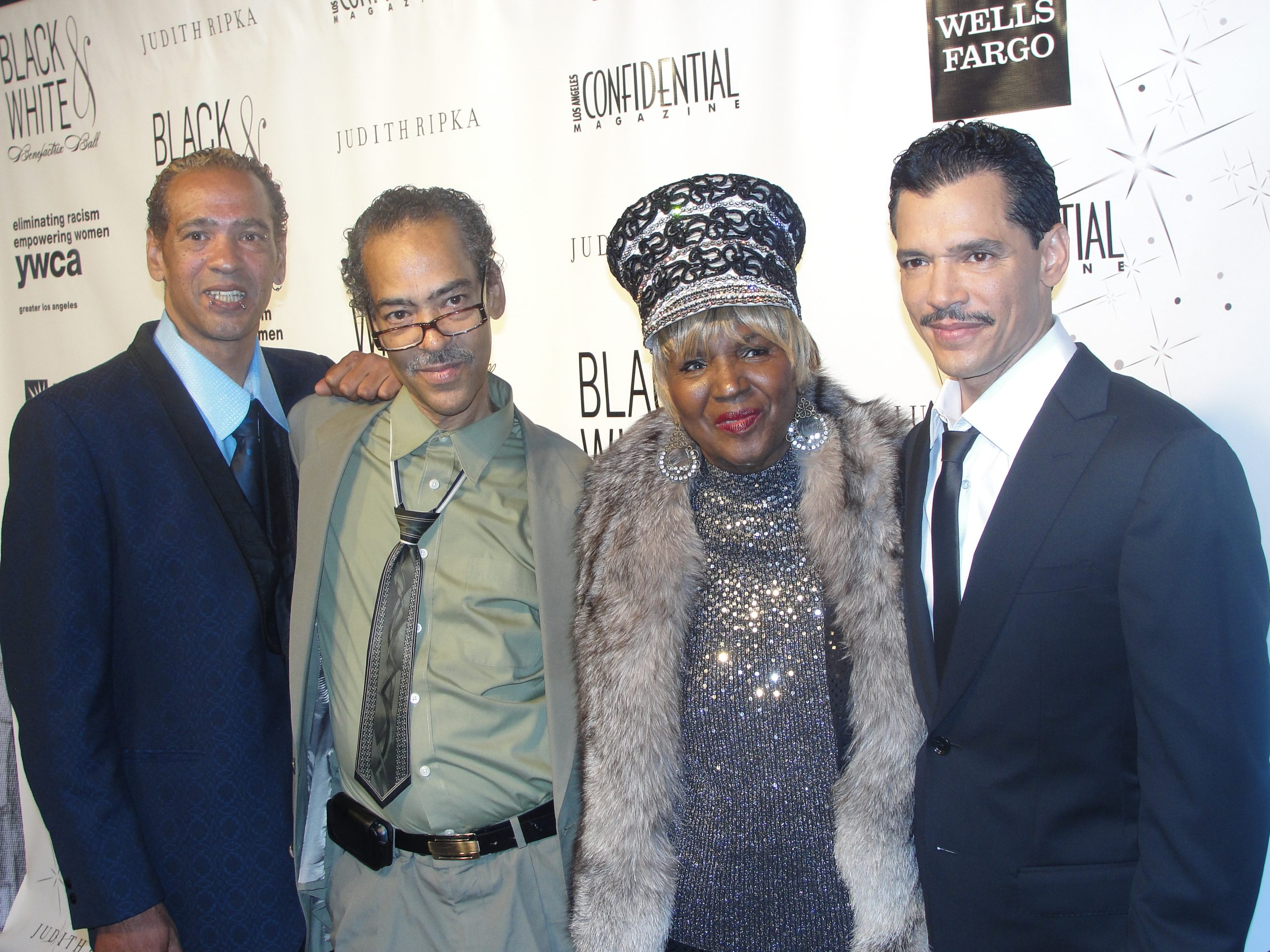 Singer EL DEBARGE (far right) stands with his mother and two of his ...