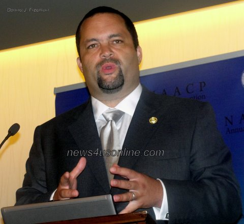 NAACP President and CEO Benjamin Todd Jealous speaks at a press conference kicking off the organization's annual convention./Dennis J. Freeman/news4usonline.com