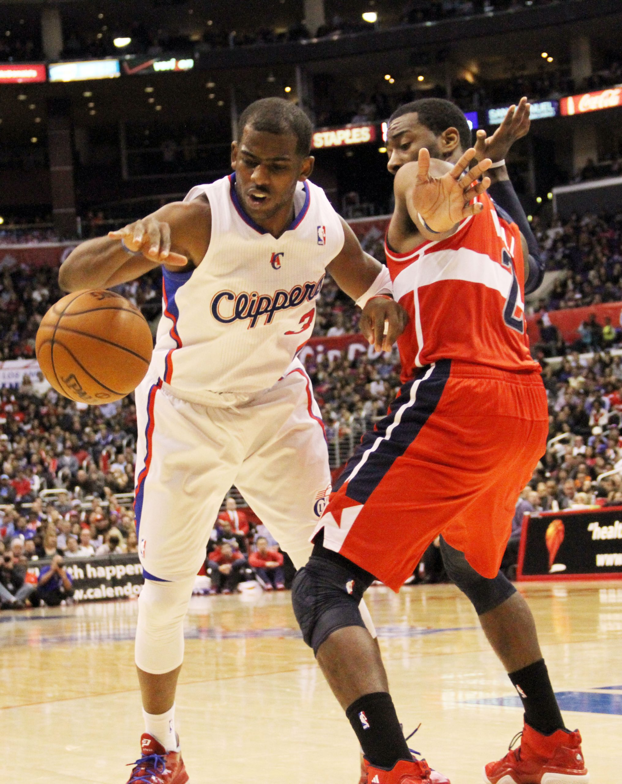 Los Angeles-The Clippers ran into a road bump without their starting point guard Chris Paul, losing two out of the...
