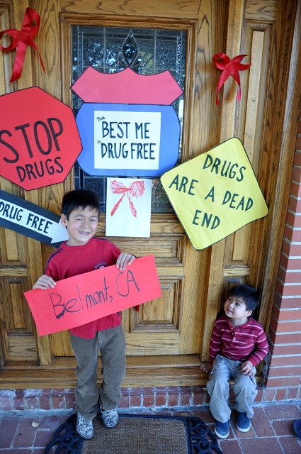 "The National Family Partnership (NFP) announced the winners of the 2012 National Red Ribbon Photo Contest: ""The Best Me Is..."