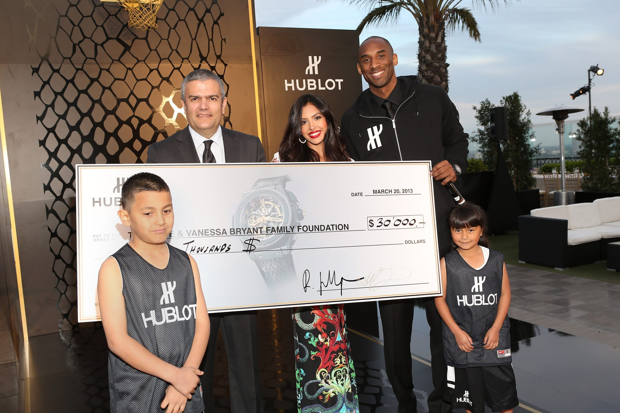 LOS ANGELES, CA - MARCH 20:  (L-R) Juan Valencia, CEO of Hublot, Ricardo Guadalupe, Vanessa Bryant, Los Angeles Laker Kobe Bryant and Kimberly Martinez attend the celebration of Hublot's new brand ambassador Kobe Bryant on March 20, 2013 in Los Angeles, California.  (Photo by Jesse Grant/Getty Images for Hublot)