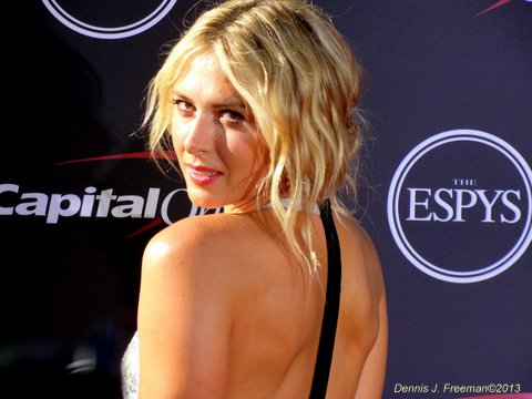 Tennis star Maria Sharapova dazzled on the red carpet with this dress. Photo: Dennis J. Freeman