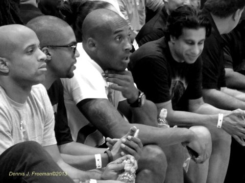 Kobe Bryant makes a Drew League apperance. Photo: Dennis J. Freeman