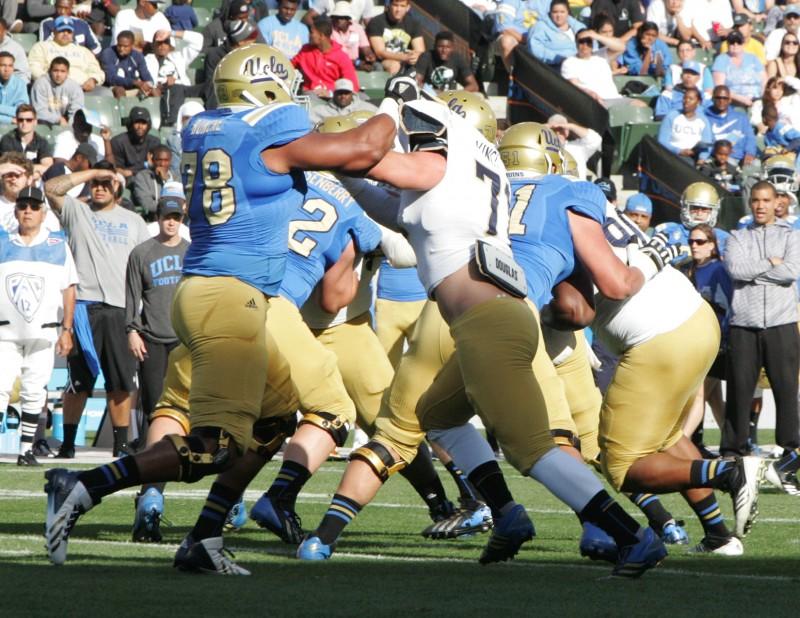 2014 NCAA Football UCLA Spring Showcase