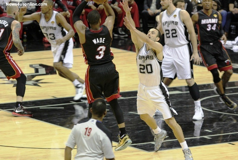Dwayne Wade had a quiet night against the Spurs, but managed to score the winning basket for the Miami Heat. Photo Credit: Antonio Uzeta/News4usonline.com