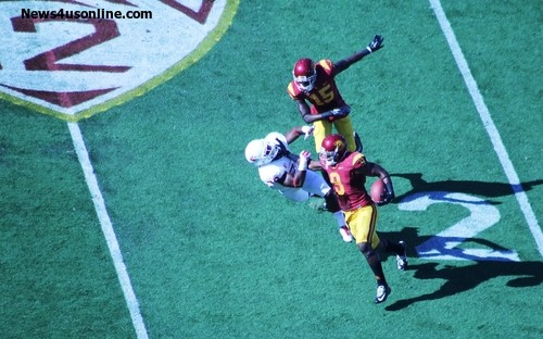 USC wide receiver Juju Smith inflict some pain on a Fresno State defender. Photo: News4usonline.com
