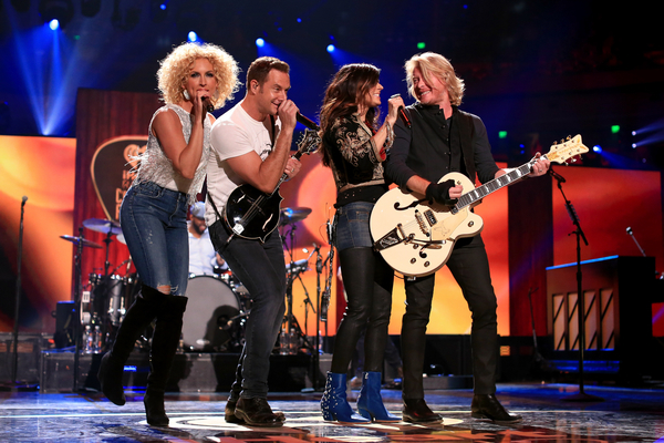 Stars get top billing at iHeart Radio Country Festival
