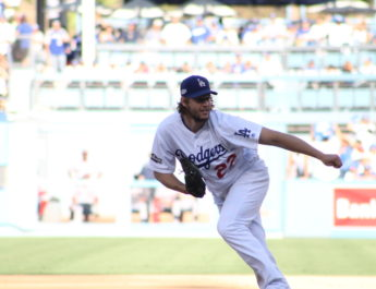 Kershaw, Dodgers mow down Nationals