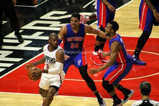 Detroit Pistons defenders surround Chris Paul during the Los Angeles Clippers' 114-82 win at Staples Center on Monday, Nov.7, 2016. Photo by Dennis J. Freeman/News4usonline.com