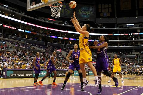 Jenna O'Hea and the rest of the Sparks are going to have to step up their play. Photo Credit: Erlinda Olvera/News4usonline.com
