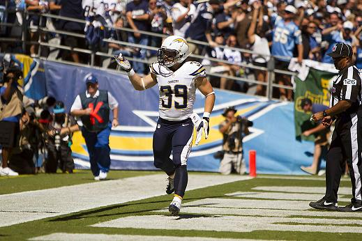 Danny Woodhead burns the Dallas Cowboys for two touchdowns. Photo Credit: Jevone Moore/News4usonline.com