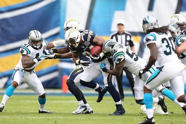 Running back Ryan Mathews (24) will be counted on to shoulder the rushing load this season. Photo Credit: Michael Zito/News4usonline.com