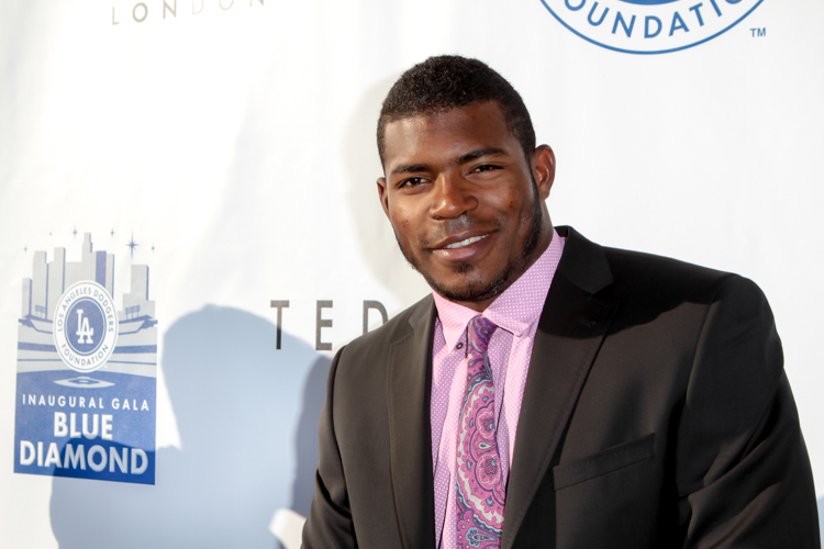 Live on Blue Carpet Yasiel Puig. Photo by Jevone Moore