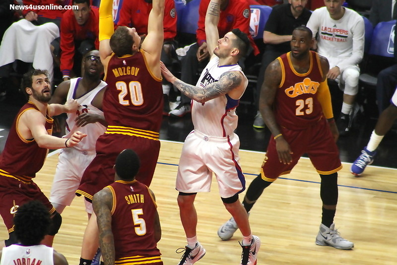 J.J. Redick on his way to the hoop against the Cleveland Cavaliers on Sunday March 13, 2016. Photo by Dennis J. Freeman/News4usonline.com