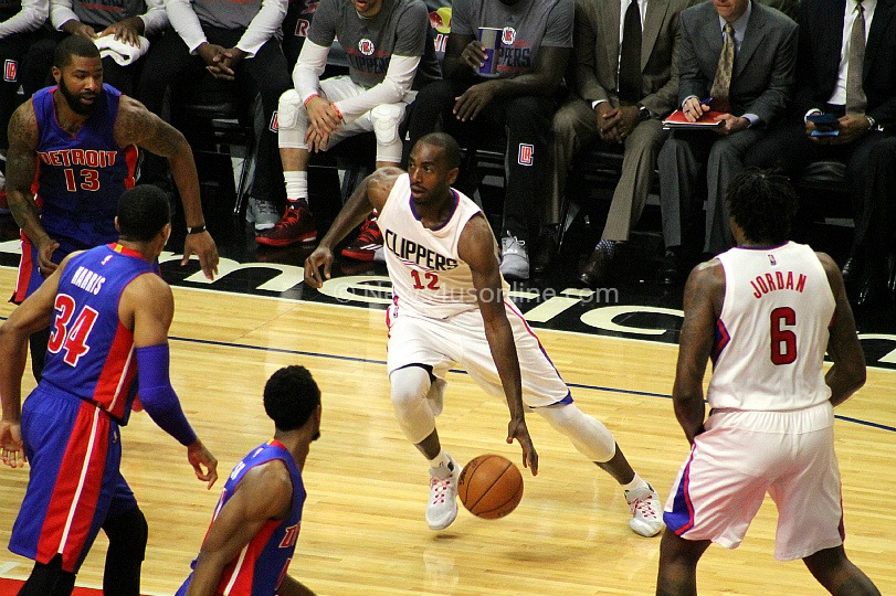 The Clippers Luc Mbah a Moute drives to the basket against the Detroit Pistons. Photo by Dennis J. Freeman/News4usonline.com