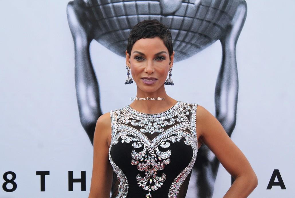Nicole Murphy, ex-wife to comedian and actor Eddie Murphy, has no problem hitting the red carpet at the 48th Annual NAACP Image Awards. Photo by Dennis J. Freeman/News4usonline