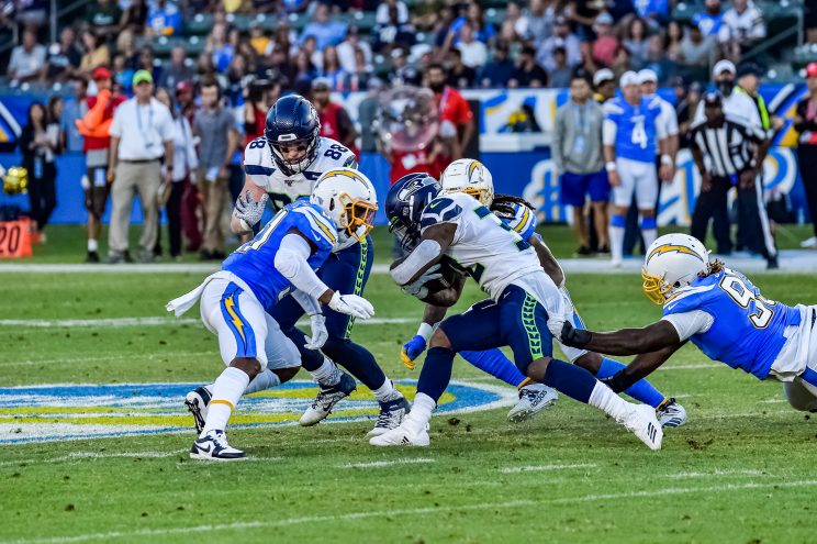 © Mark Hammond/News4usonline - Aug. 24, 2019 - Seahawks vs. Chargers - Chargers defense making things happen.