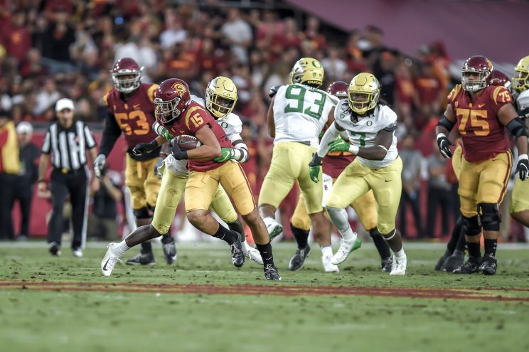 No. 7 Oregon plays USC