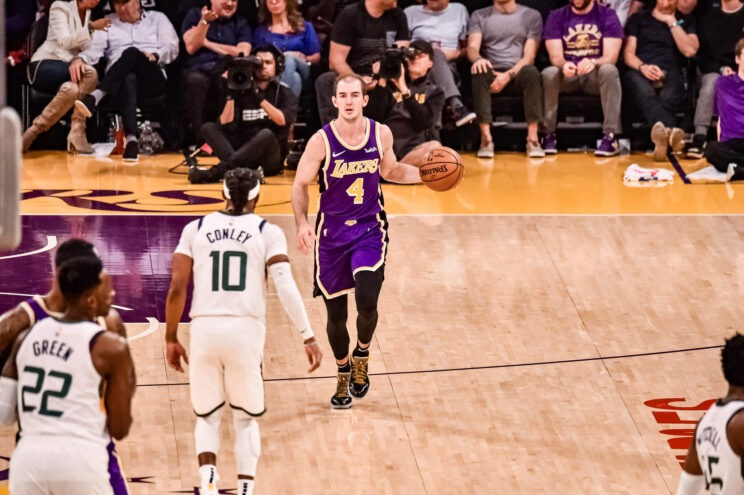 Alex Caruso making plays for the Lakers