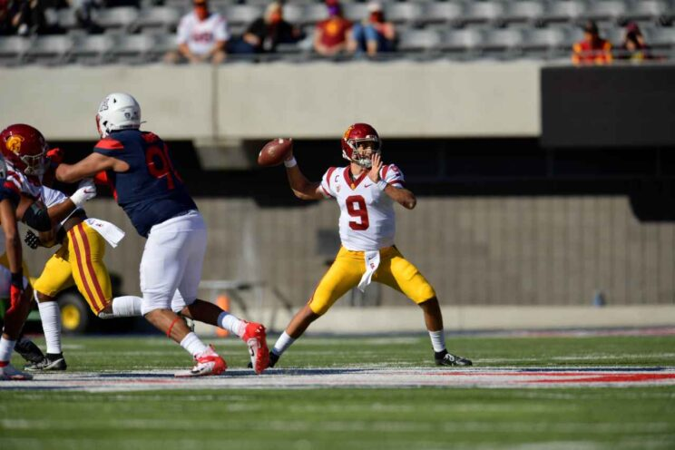 USC quarterback Kedon Slovis (9) passes for 325 yards and a touchdown to lead the Trojans to a 34-30 win against Arizona on Saturday, Nov. 14, 2020. Photo by USC Athletics